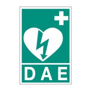 cartello defibrillatore verde segnale DAE parete
